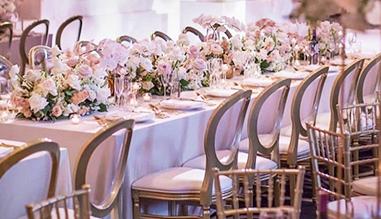 C2-Tables-Et-Chaises.jpg